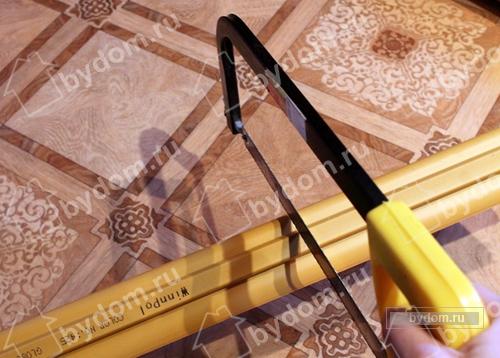 Установка напольного пластикового плинтуса с кабель каналом своими руками. - Интерьер и декор - Новости - Мастерим для дома и да